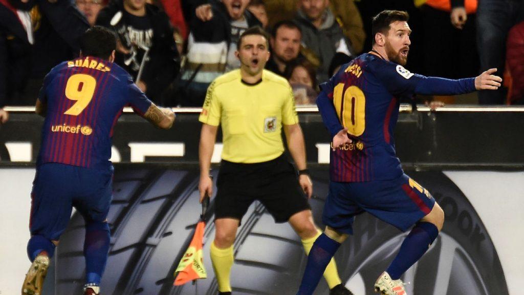 Barcelona Lawan Valencia, Messi Tampak Protes